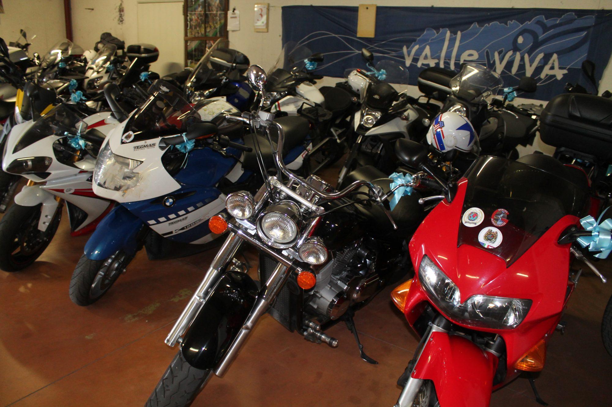 garage moto albergo apnorama